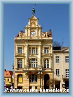 Building of the old savings Bank