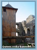Castle Kamenice na Zámeckém vrchu