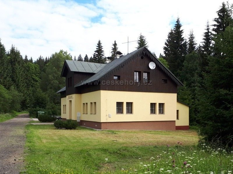 Cottage Karlovka