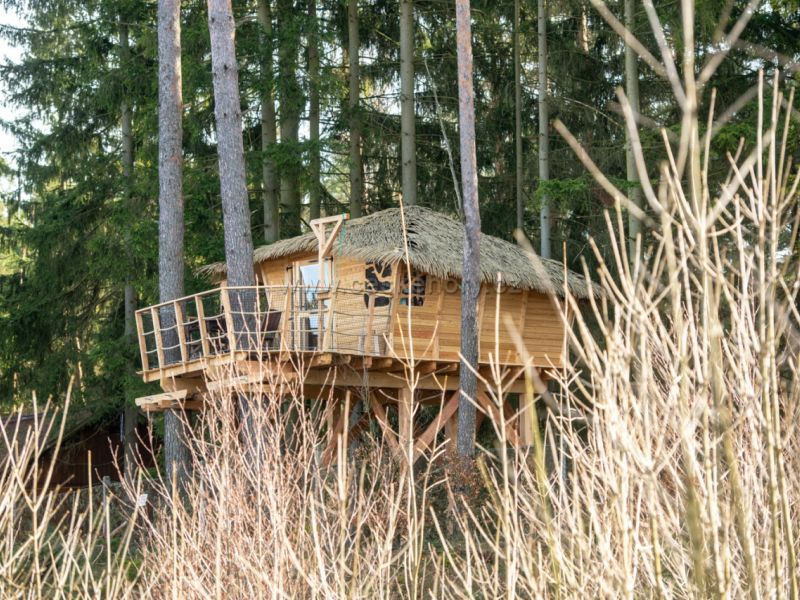 Tree House Chrastná ResortRalsko