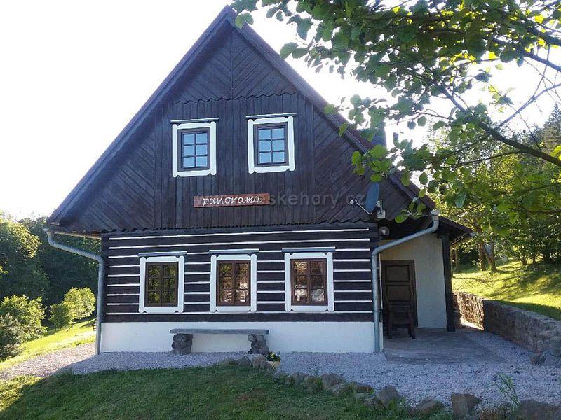 Cottage Panorama