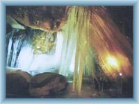 Caves in Teplické rocks