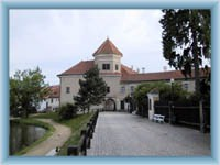 Enter gate in Telč